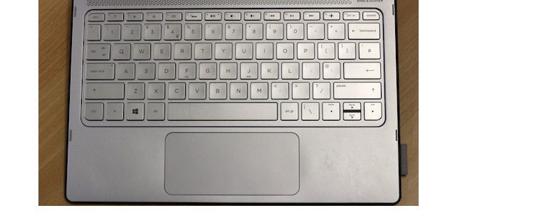 HP Spectre X212-a009nr